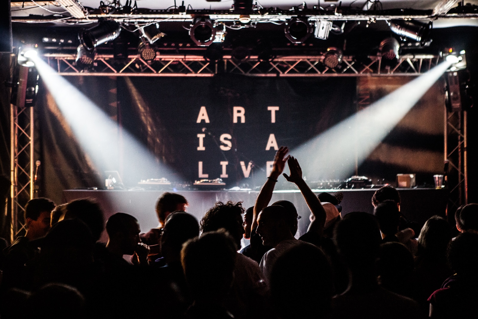 Art is a live #6 x New Morning : Bohemian Club, Gaïden & Yoshi et la Scred Connexion.